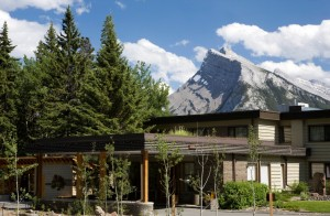 Juniper Exteior 300x196 Canmore and Kananaskis Hotels and Motels