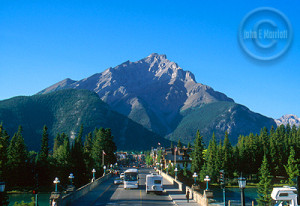 Banff accommodates its tourists.