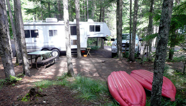 Alberta campgrounds with hookups