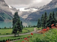 Everybody in the World Loves Banff Lake Louise!